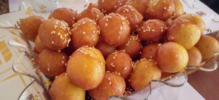 Luqaimat - Traditional Emirati Dessert - Dubai